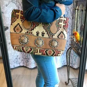 Raviani Navajo print shoulder bag